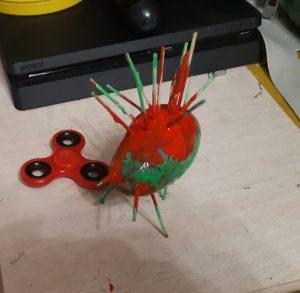 Zabawka zaprojektowana i wykonana przez Denisa z kl. 5pb
